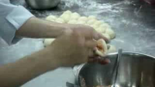 包餡的技巧之一