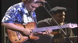 getlinkyoutube.com-Lee Ritenour & Larry Carlton   Larry & Lee Live in Tokyo 1995