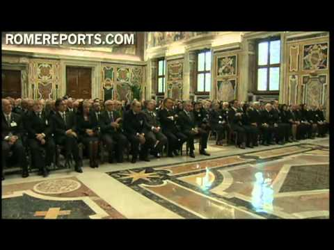 Benedicto XVI recibe a gobernadores civiles de Italia