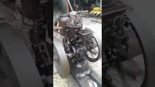 getlinkyoutube.com-เครื่องยนต์เผาหัว  น้ำมันขึั้โล้  petter  S  8 hp