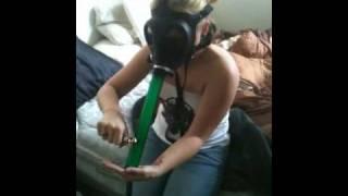 getlinkyoutube.com-Wake n bake gas mask