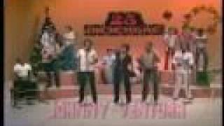 getlinkyoutube.com-JOHNNY VENTURA (video 1981) - Salsa Pa' Tu Lechon - MERENGUE NAVIDEÑO