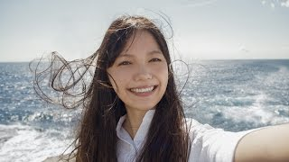 "getlinkyoutube.com-宮崎あおいの""セルフィー""が美しすぎる オリンパス新CM「私の写真は、私の今だ。 海に着く」編"