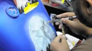 getlinkyoutube.com-Airbrushing a Motorcycle tank