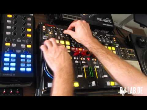 How to create a dubstep wobble bassline &quot;on the fly&quot; with Vestax VCI 400 and Traktor Pro 2