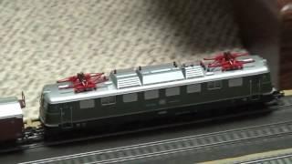 getlinkyoutube.com-My New Marklin E50 Electric Locomotive with BR 50