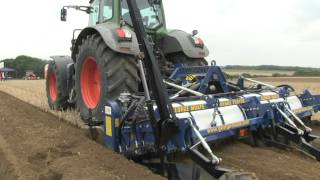George Moate 2 Bed Tillerstar Root Crop Cultivation Machine