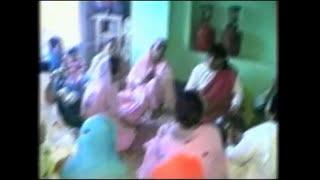 getlinkyoutube.com-Kashmiri Wedding Song By Reshma Rashid