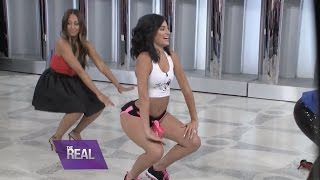 """getlinkyoutube.com-Lexy Twerks Out with the Ladies of """"The Real"""""""