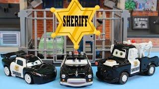 getlinkyoutube.com-Disney Pixar Cars Sheriff Car Lightning McQueen Mater Battle Imaginext Mohawk Dude Jail Robot