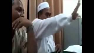 getlinkyoutube.com-Video Panas!!!!Debat Tok Penghulu PAS Dengan Tok Guru Pondok...