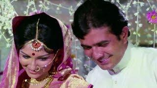 Rajesh Khanna with Sharmila Tagore on First Night - Romantic Scene | Chhoti Bahu