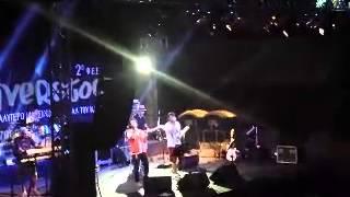 getlinkyoutube.com-Συννεφιασμένε μου ουρανέ - Παπιγιόν Band (Riverstock in Limassol 2014)