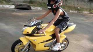 getlinkyoutube.com-mini moto marco gabriel pilotando