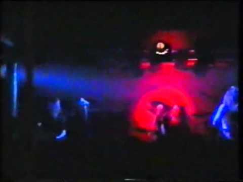 Pearl Jam - [22-02-1992] Riverside, New Caste