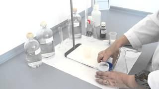 Détermination de calcium et de magnésium dans les eaux.© UPV