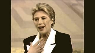 getlinkyoutube.com-Marianne Faithfull - The Ballad of Lucy Jordan (Acoustic)