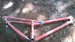 getlinkyoutube.com-Bike Rebaixada ''FORMIGA QUE SE LASQUE''