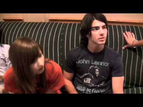 Scratch & Sniff Jonas and Demi Lovato