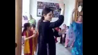 pakistani girls dancing on pashto song