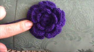 getlinkyoutube.com-Flor de Petalos en Crochet