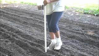 getlinkyoutube.com-Redneck Seed Planter