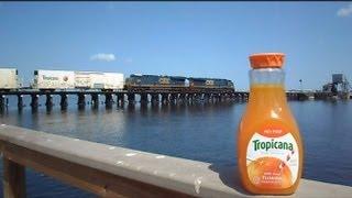 getlinkyoutube.com-CSX Tropicana Train The Great Chase Juice Left Behind