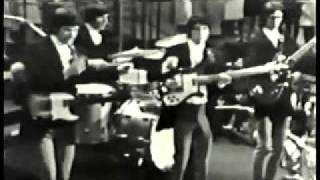 getlinkyoutube.com-The Kinks - Set Me Free - US TV 1965