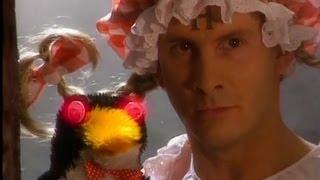 getlinkyoutube.com-Mr Flibble - Red Dwarf  - BBC