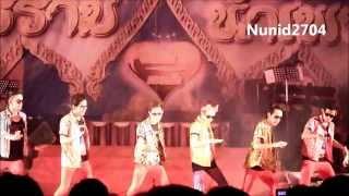 getlinkyoutube.com-โชว์พิเศษ...ผมรักเมืองไทย