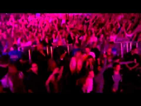 Coldplay - Viva La Vida Glastonbury 2011 HD -APBniFpA-Ig