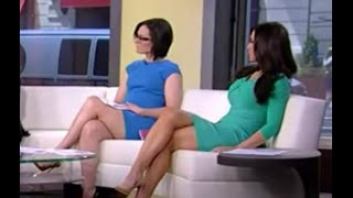 getlinkyoutube.com-Lisa Kennedy & Andrea Tantaros hot legs - Outnumbered - 08/10/15