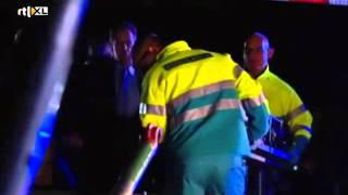 getlinkyoutube.com-Goede Tijden Slechte Tijden 24-12-12 / Politie Rotterdam in optreden