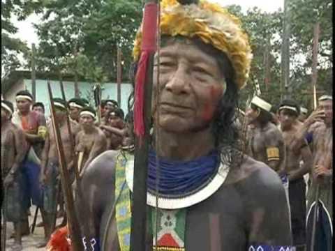 Xingu Índios Protestam contra a extinção da FUNAI