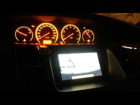 Nissan primera p12 видео на штатном мониторе.