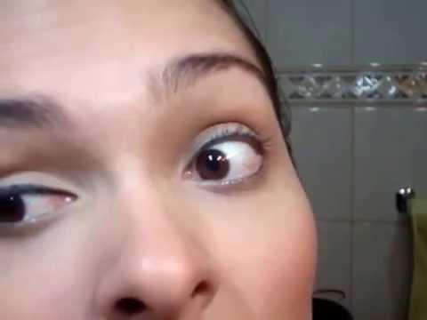 Como delinear os olhos:  2-  lápis para olhos preto - por Paula Gil - P.E.