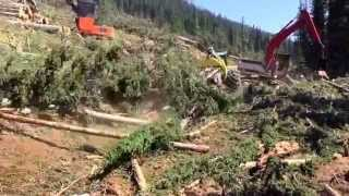 getlinkyoutube.com-John Deere's newest, biggest Skidder! 948L