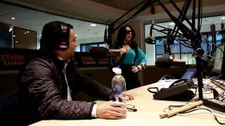Adal Ramones en el Show de Erazno y La Chokolata (Parodia de Otro Rollo)