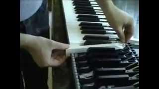 getlinkyoutube.com-Yamaha CLP 150 keyboard repair - sostituzione tasto