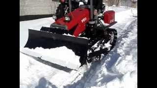 getlinkyoutube.com-Трактор бульдозер YTO-C602. Уборка снега.