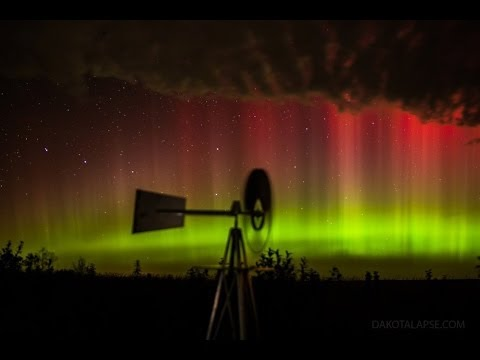 BreathTaking Timelapse Video of Western Skies