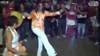 getlinkyoutube.com-Chinito Enamorado - Sensacion Caney en XVII Aniv. Exterminadores de la Salsa en Pista el Consejo