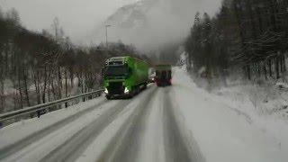 getlinkyoutube.com-Trucks in trouble E39, Eide, Norway.