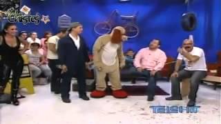 getlinkyoutube.com-Guerra de Chistes - El Pato Vulka y El Perro Guarumo