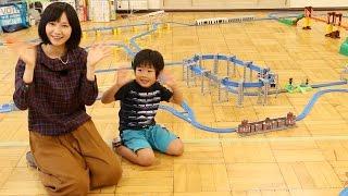 getlinkyoutube.com-がっちゃんとプラレールで遊んだよ Playing Plarail with Gacchan!