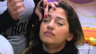جيهان رعيدي تعلّم الطالبات طريقة وضع الأيلاينر في مكياج العيون - ستار اكاديمي 11- 16/12/2015