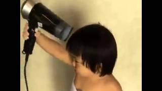 getlinkyoutube.com-น้องวันใหม่ อาบน้ำเสร็จก็ต้องเป่าผมให้แห้งนะจ๊ะ เดี่ยวจะเป็นหวัด  #Absolutely124