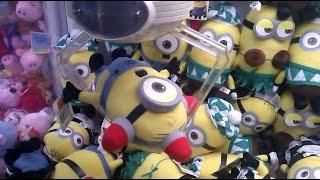 getlinkyoutube.com-NEW MINIONS! UFO Catcher Wins! 2 In 1 Minion Claw Wins!!!(BEE-DO BEE-DO)