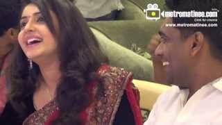 getlinkyoutube.com-Bhama Actress @ LULU Celebrate for FWD Cover Launch
