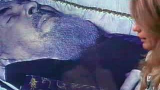 getlinkyoutube.com-Exhumacion del  Padre Pio 3 de 5